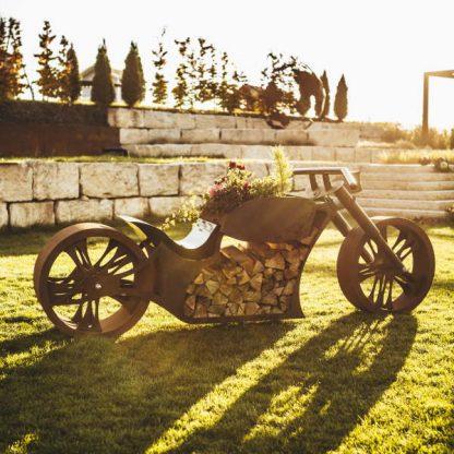 Ausgefallener Grill Motorrad