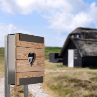 Briefkasten Glasnost Wood Heart von Keilbach